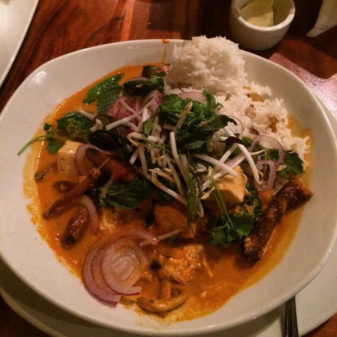 VEGAN TOFU CURRY  dukeshuntingtinbeach dinner yummy girltime daughtertime beachhellip