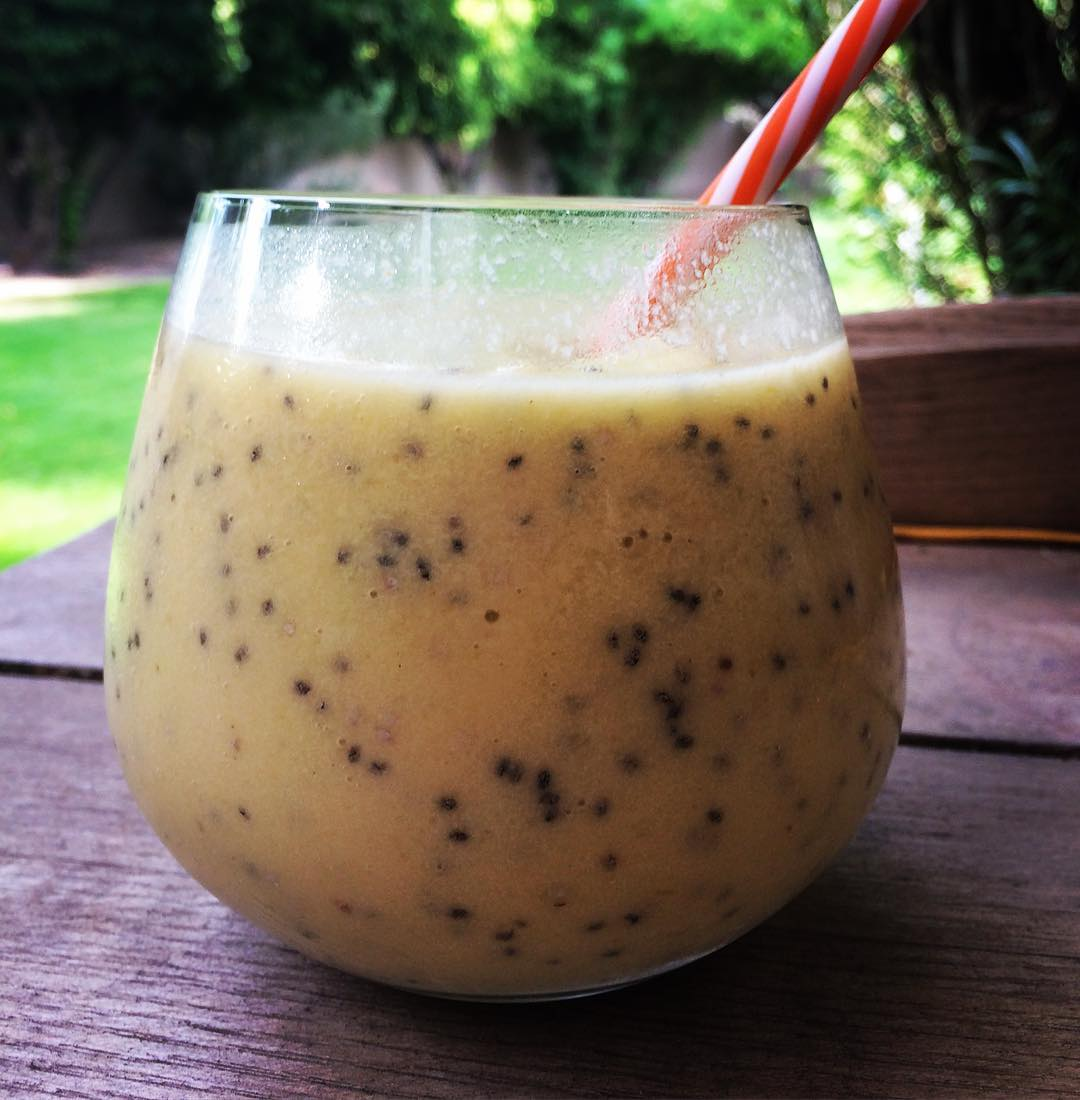 MANGO PINEAPPLE SMOOTHIE vegan smoothie allfruit mango pineapple chiaseeds coconutmilkhellip